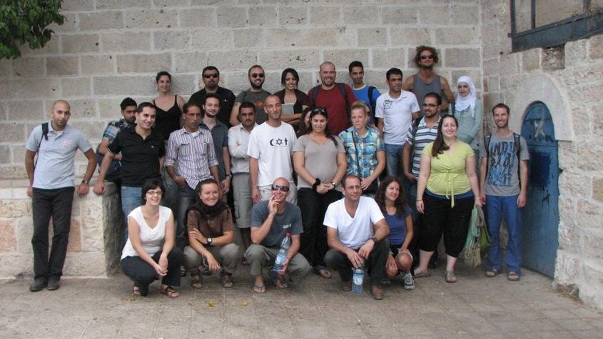 Il gruppo di Yad Beyad. Ebrei e Palestinesi insieme.