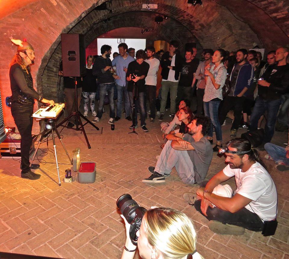 Festival musicale 'Ficana Terra di mezzo 2014' presso Antichi Forni (Macerata), foto di GruCA Onlus