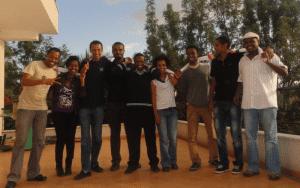 I blogger di Zone9 insieme ad Addis Abeba, 2012. Foto su gentile concessione di Endalk Chala.