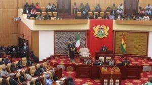 Il premier durante il suo discorso all´House of Parliament di Accra, Ghana.