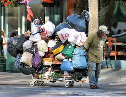 Più di 500mila i senzatetto in America. Foto Richard Masoner / CC