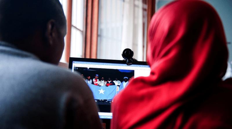 Integrazione digitale, iniziative per migranti e rifugiati