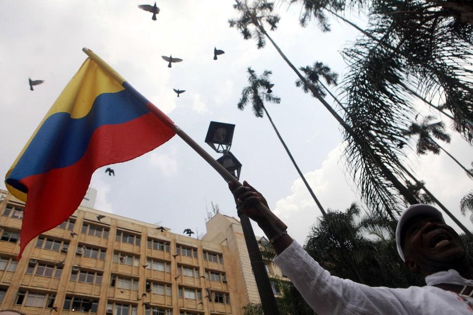I colombiani festeggiano l'accordo di pace. Christian Escobar Mora/EPA