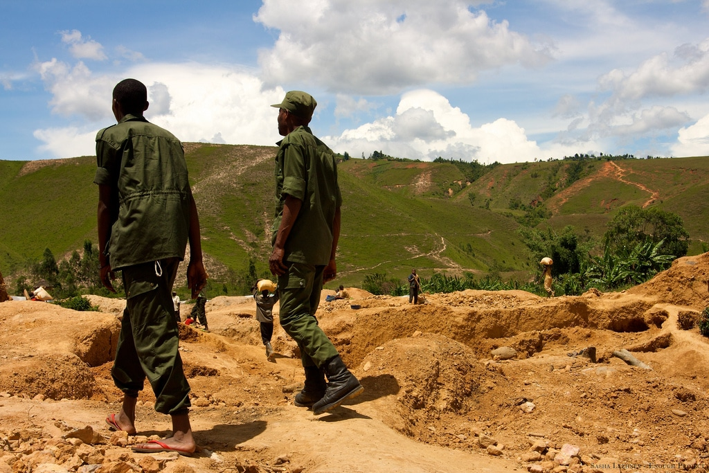 Gold mine in South Kivu, Congo - Sasha Lezhnev Enough Project Credit Sasha Lezhnev/ Enoughproject.org