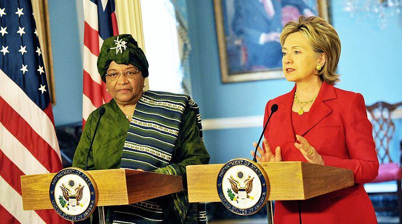 800px-hillary_clinton_meets_with_liberian_president_ellen_johnson-sirleaf_april_2009-1