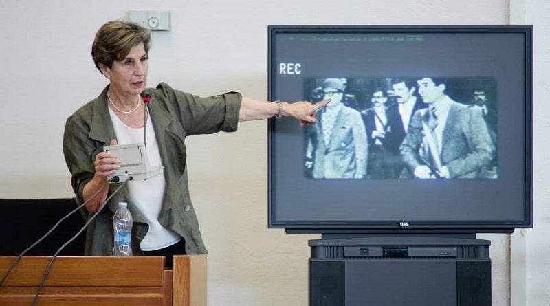 Isabel Allende all'udienza di maggio 2015. Foto proveniente dagli atti di indagine.