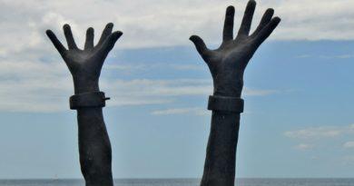 'La schiavitù è politica', una Carta internazionale contro gli abusi