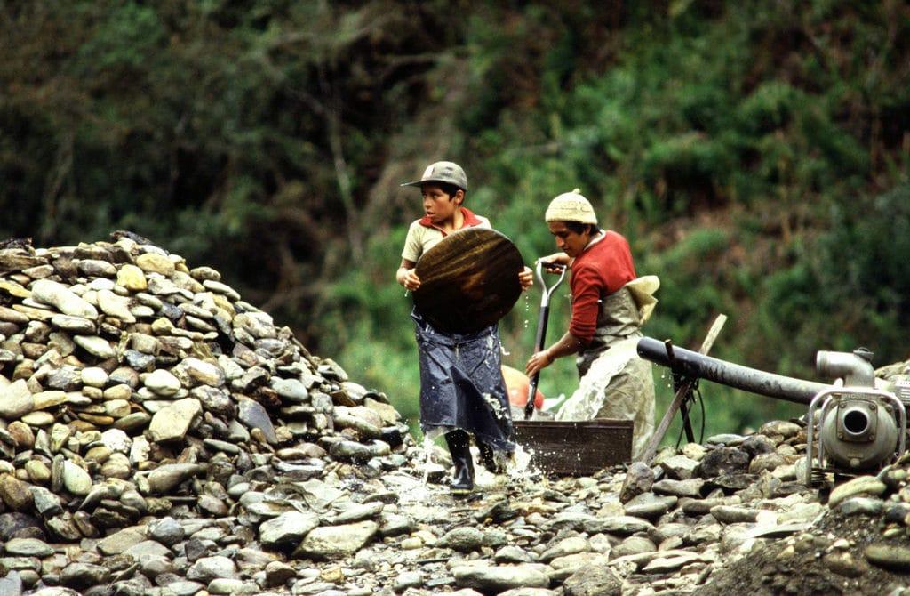 Lavoro minorile in Ecuador. Foto dell'utente Flickr Maurizio Costanzo. Licenza CC.