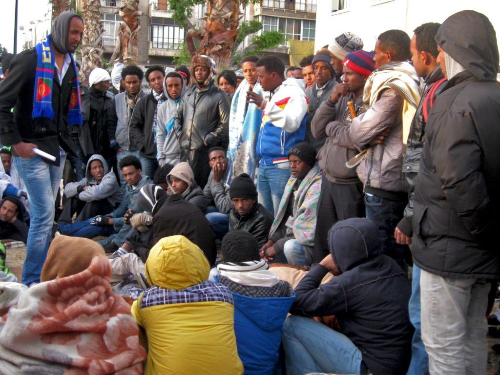 Richiedenti asilo africani in Israele. Foto Wikimedia Commons dell'utente Rudychaimg.