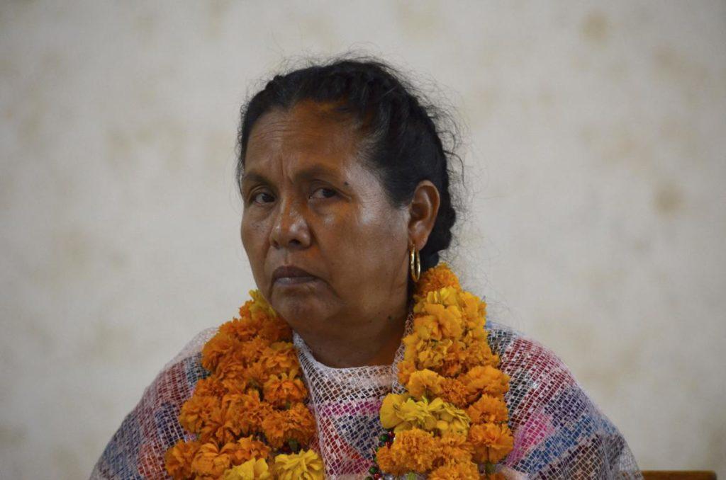 María de Jesús Patricio Martínez, meglio conosciuta come Marichuy, a Puebla, Messico nel novembre 2017. Credit: Mayitayita. Immagine ripresa da Wikimedia Commons in licenza CC.