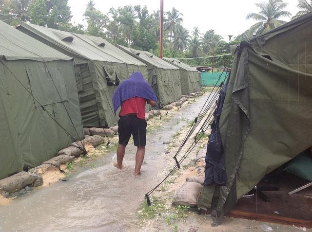 Condizioni del centro detenzione a Manus - Foto di: Sarah Hanson Young - Flickr - Creative Commons