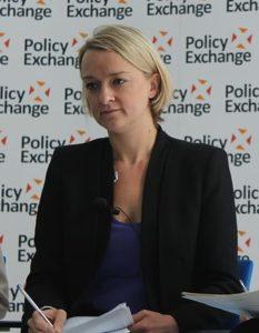 Laura Kuenssberg - Prima donna a diventare editore politico di BBC News. Foto da Wkimedia Commons