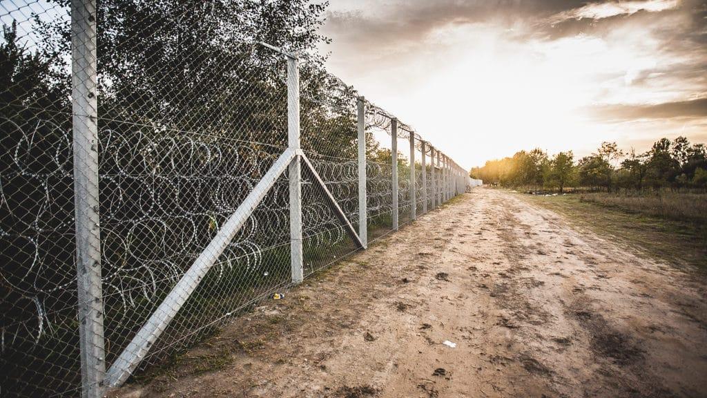 Barriera contro i migranti tra Ungheria e Serbia - Wikimedia Commons