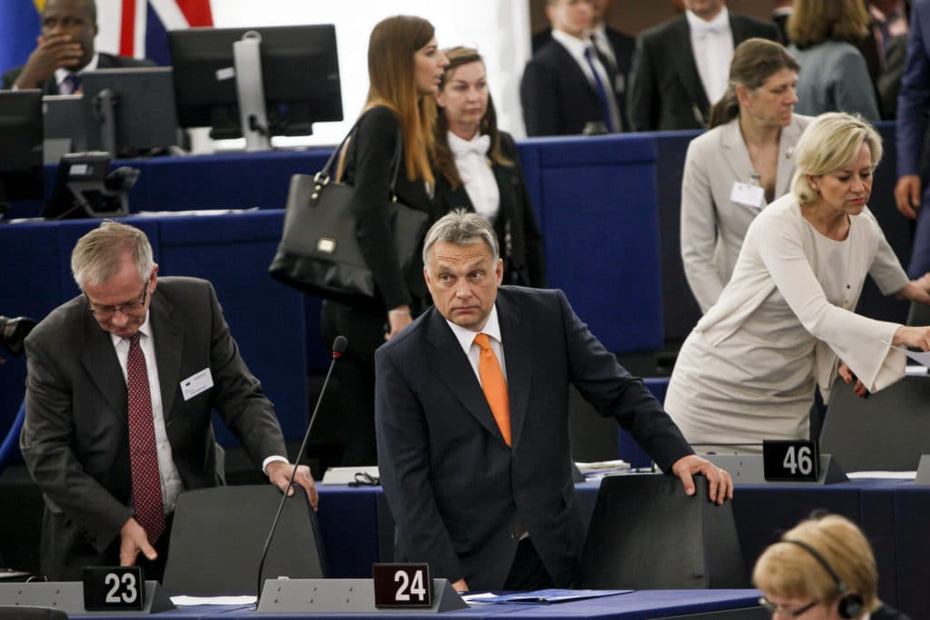 Orban nel Parlamento europeo. Foto Flickr Creative Commons - Shulz