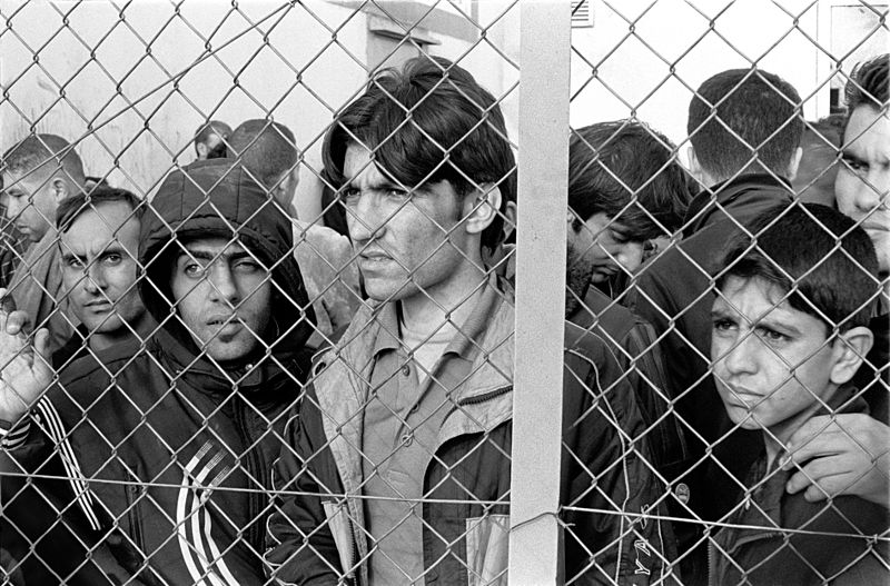 Migranti nel centro detenzione greco Fylakio - Wikimedia Commons