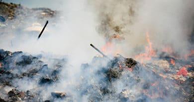L'arte che racconta l'inquinamento. Storia da uno slum a Nairobi