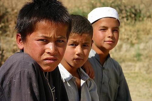 Tre ragazzi afgani - foto di J McDowell