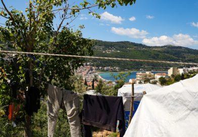 Samos, l'hotspot dove l'Europa calpesta i diritti e l'umanità