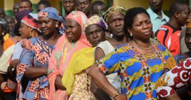 """Africa, la """"democrazia"""" occidentale strumento del neoliberismo"""