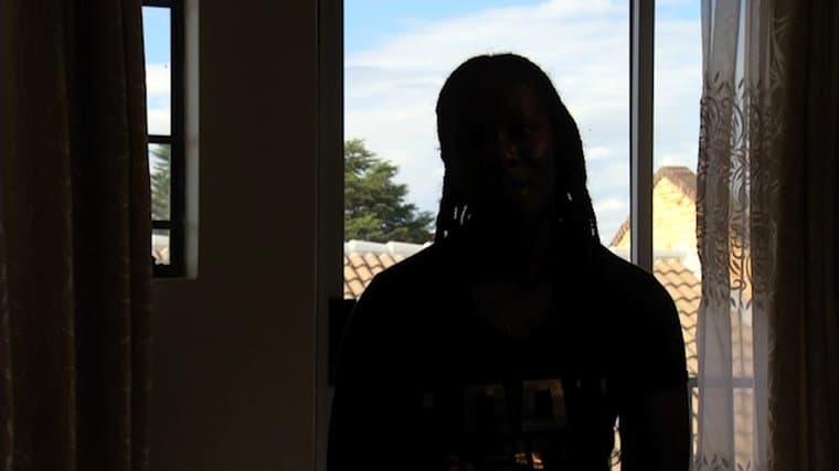 Screenshot dalla video testimonianza dell'inchiesta di openDemocracy