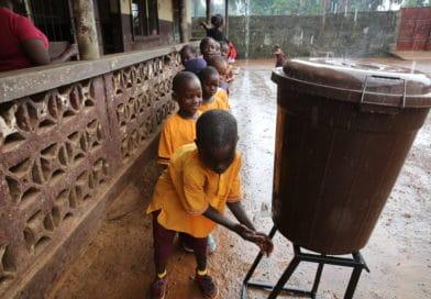 """La """"pandemia dell'acqua"""" ucciderà 4 mln di persone entro 2020"""