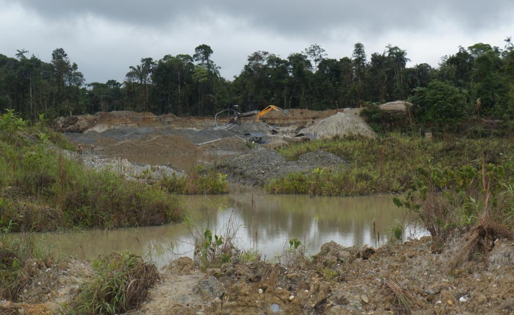 Miniera d'oro illegale. Foto dell'autore.