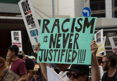 Razzismo istituzionale, quelle leggi che rifiutano e discriminano