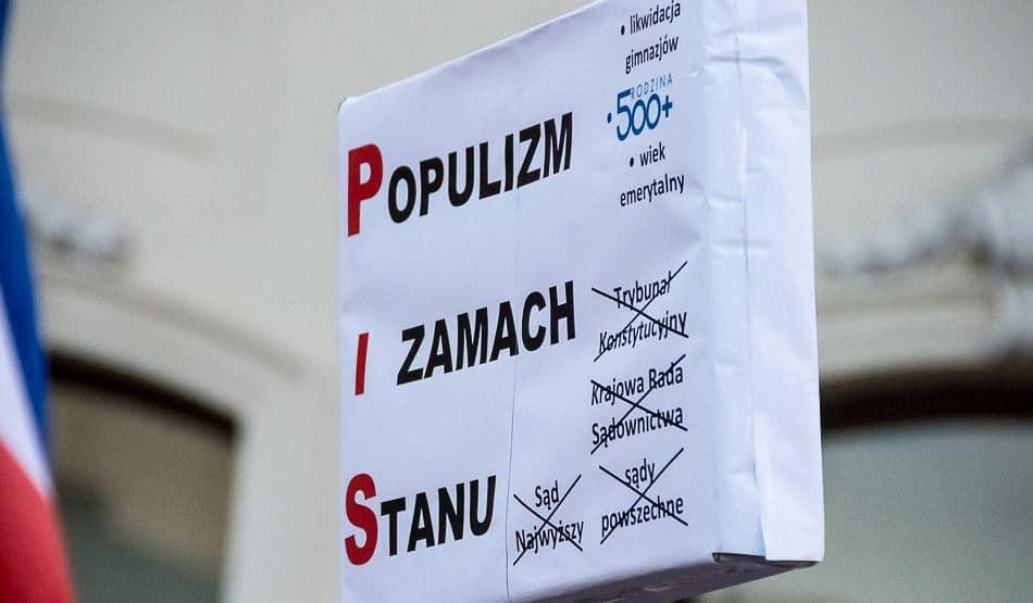 Populismo e colpo di stato. Flickr/Marcin S. Sadurski in licenza CC