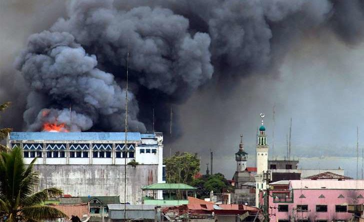 Bombardamento sulla città di Marawi