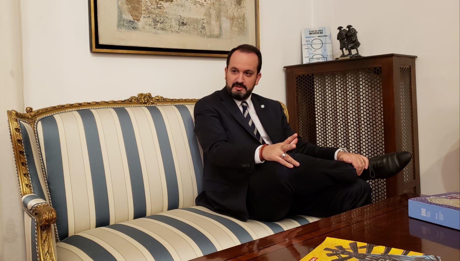 Roberto Manuel Carlés Ambasciatore della Repubblica d'Argentina presso la Repubblica Italiana, d'Albania, di Malta e delle Serenissima Repubblica di San Marino.