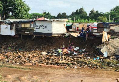 Insediamento abitativo informale a Durban, Sudafrica, dopo una grave inondazione nell'aprile 2019. Catherine Sutherland